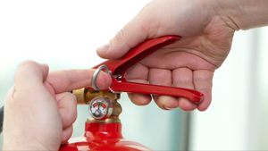 using-a-fire-extinguisher